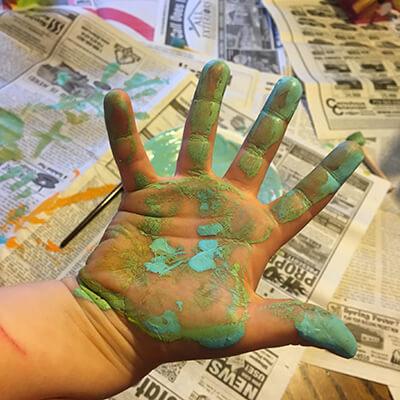messy kids hands