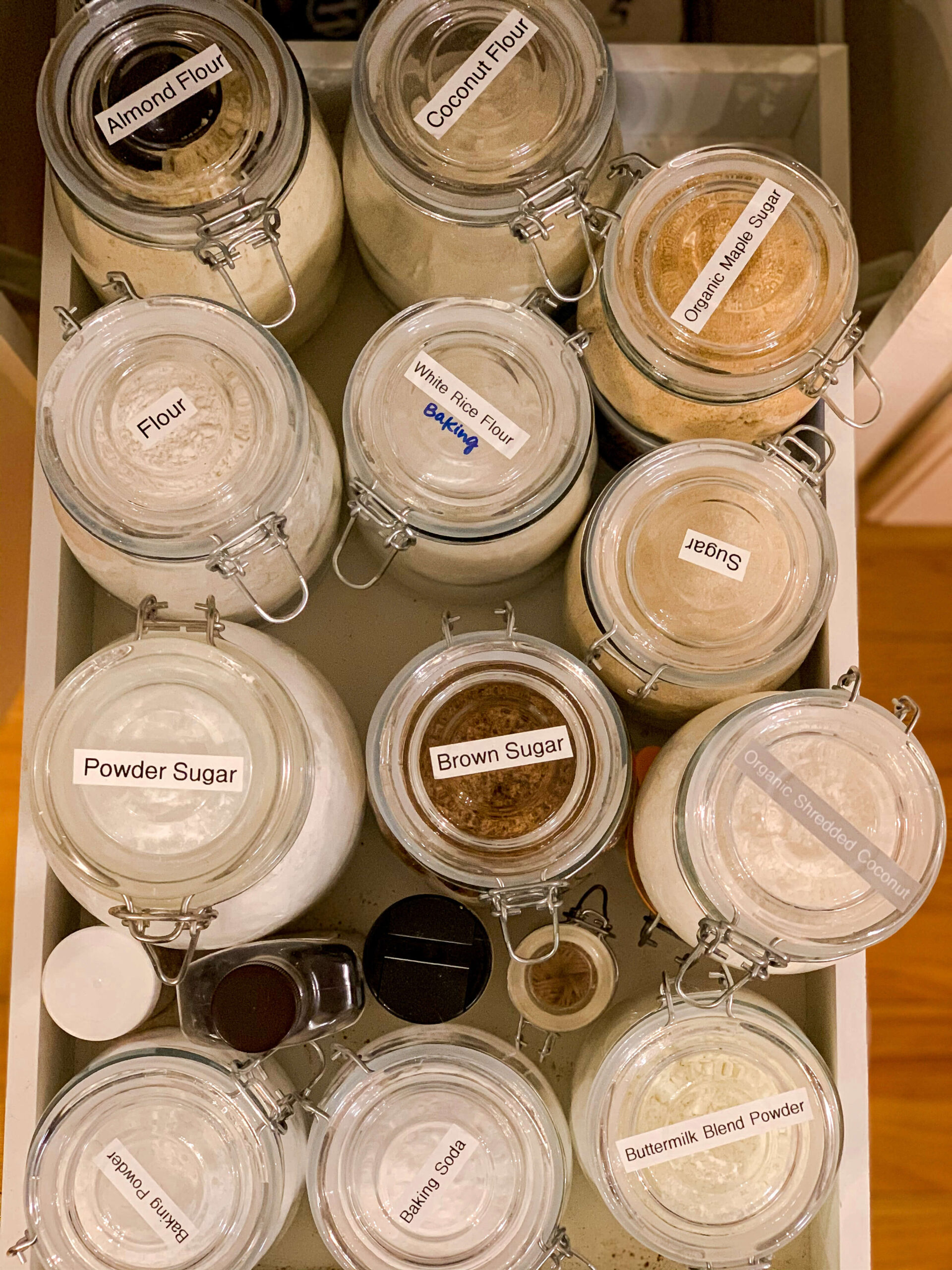 Pantry Organization Ideas for bulk foods, use label maker and glass clamp jars. Annie Johnson | Design Love Life
