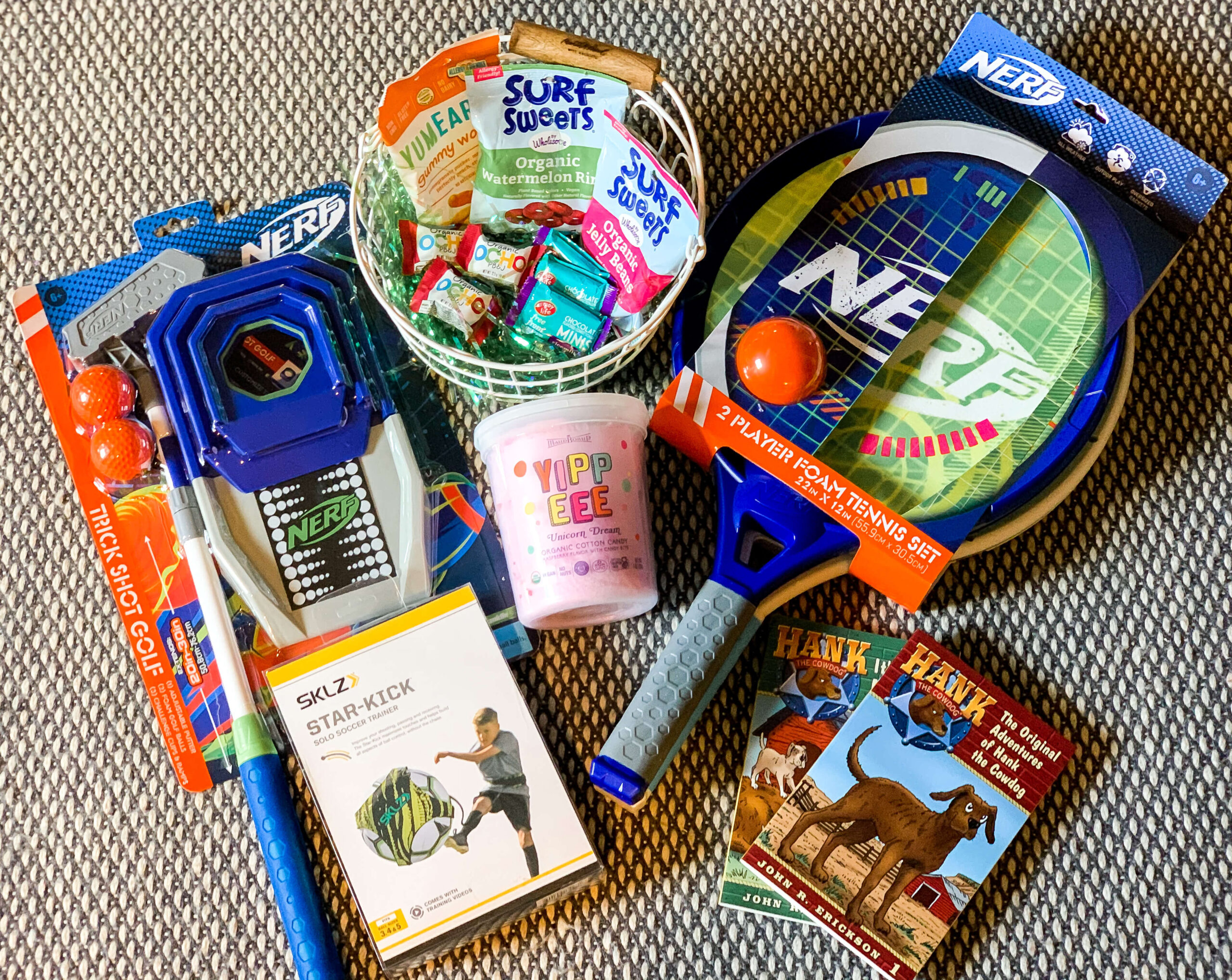 Fun Easter Basket ideas for kids. Ideas for activities and even organic candy! Annie Johnson | Design Love Life