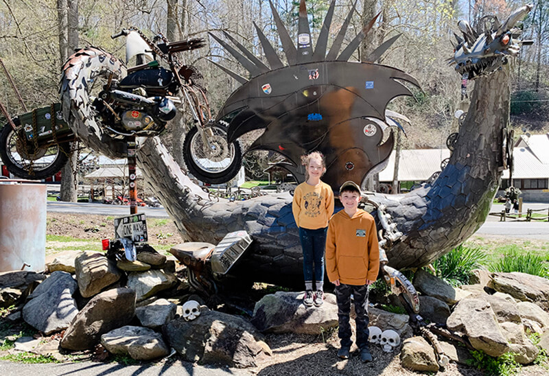 Tail of Dragon - Excellent Family Road Trip to Kentucky, Tennessee, and North Carolina. Annie Johnson   Design Love Life.